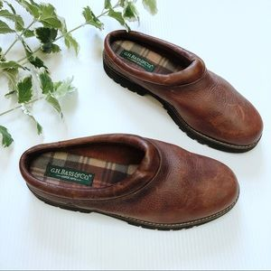 GH Bass & Co Vintage Leather Clogs Slip On Brown 9
